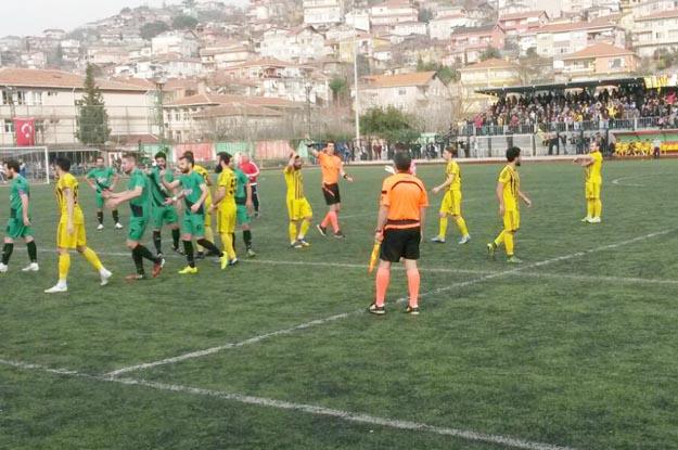 Zorlu maçta, Beykoz 1908 AŞ: 1 - Küçükköyspor: 1