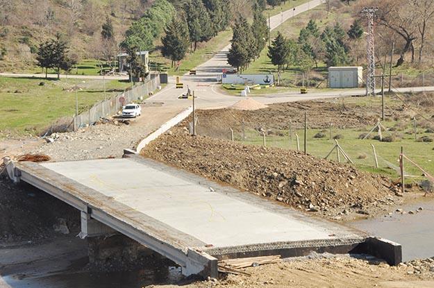 Kabakoz Yolu Halayık Köprüsü tamamlanıyor