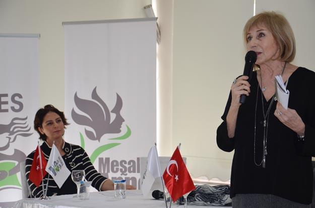 Ayşe Kulin Kadınlar Günü'nü Beykoz'da kutladı