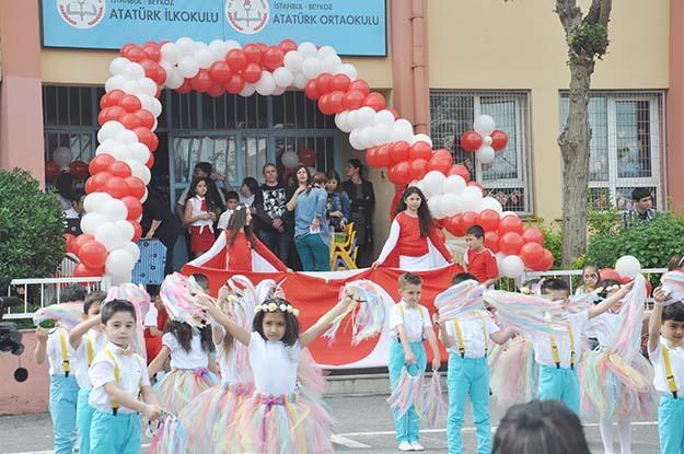 Atatürk Ortaokulu'nda 23 Nisan heyecanı