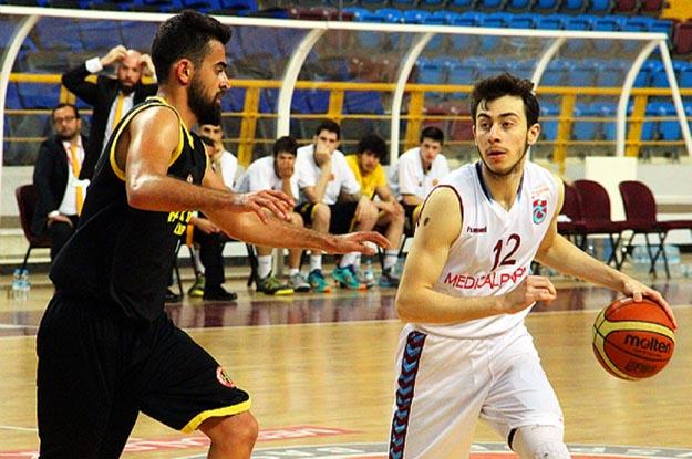 Beykoz Trabzon'dan avantajlı döndü