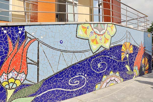 Amerikalı sanatçı Beykoz'da sanat eseri yaptı