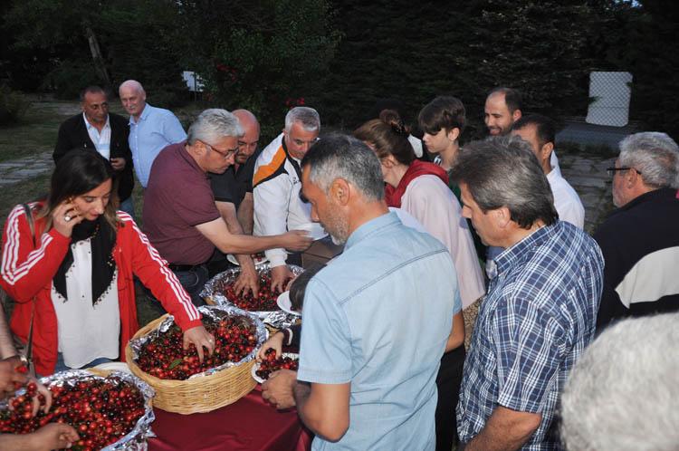 Polonezköy'de festival, Beykoz kirazıyla tatlandı