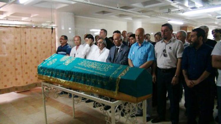 Eczacı Gürcü Ulaşan Beykoz'da toprağa verildi