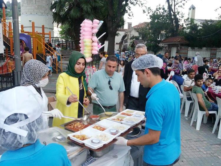 Beykoz'un gönül sofrası Kanlıca'da kuruldu