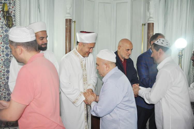 Beykozlular Bayram Namazı'nda kucaklaştı