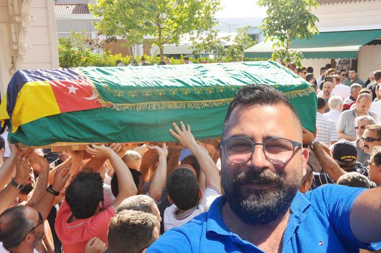 Fenerbahçe'nin tribün lideri Beykoz'da ebediyete uğurlandı