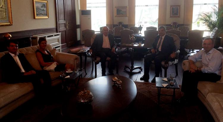 Dost Beykoz Yazarları Abdullah Gül'ü ziyaret etti