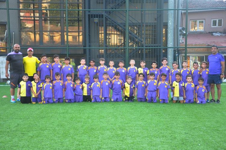 Çubuklu Spor Futbol Okulu'nda 120 yıldız var
