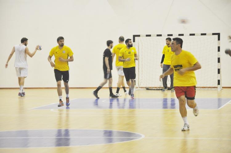 Beykoz Beledispor Hentbol Takımı İzmir'e gitti