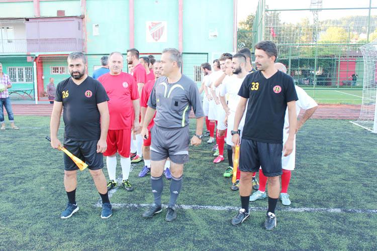 Beykoz'daki şehitler maçında duygusal anlar yaşandı
