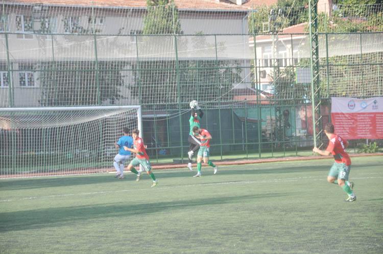 Paşabahçe ile Zara dostça bitti 1-1