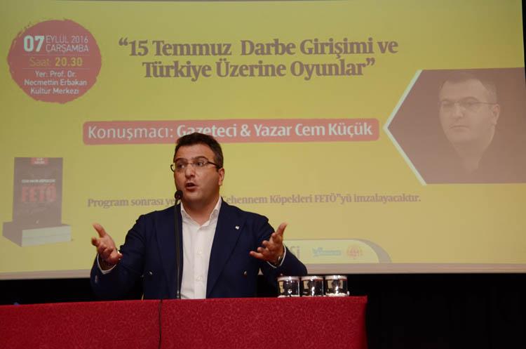 Gazeteci Cem Küçük 'FETÖ yapılanmasını' Beykoz'da anlattı