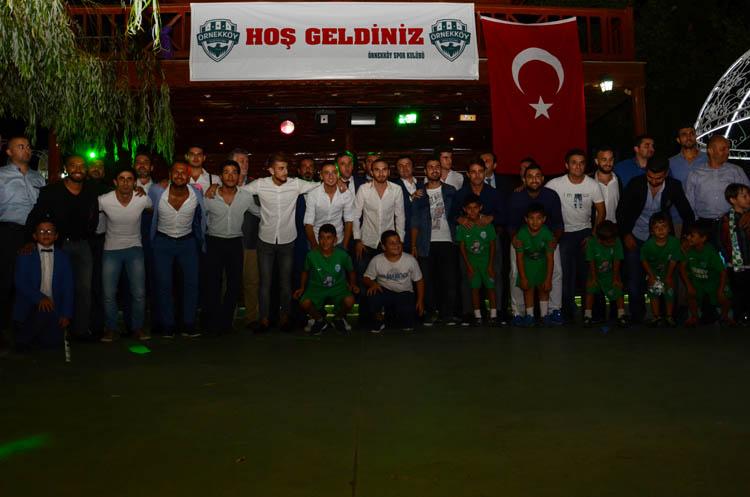 Spor camiası ve siyaset Örnekköyspor gecesinde buluştu