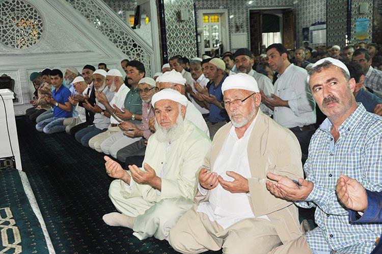 Beykoz'da Bayram Namazı 07.22'de kılınacak