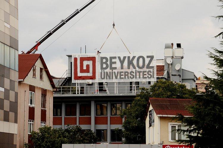 Beykoz Üniversitesi tabelayı astı