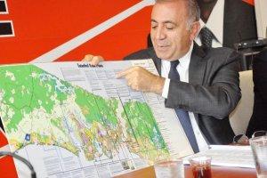 CHP'li Gürsel Tekin Beykoz'u kolaçan etti