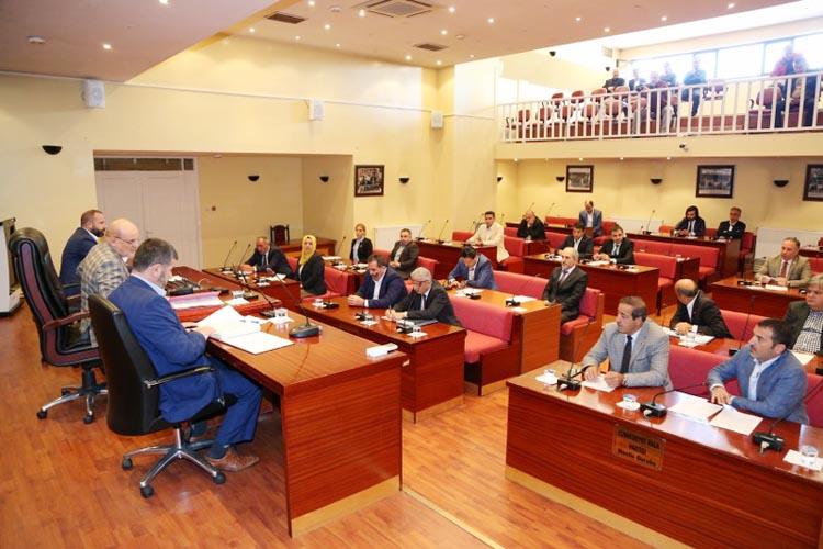 Beykoz Meclisi terörü lanetleyerek başladı