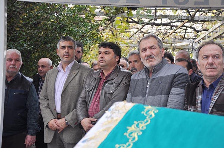 Mehmet Yorulmazlar'ın annesi vefat etti