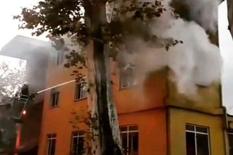 Beykozspor'un eski binasında yangın çıktı