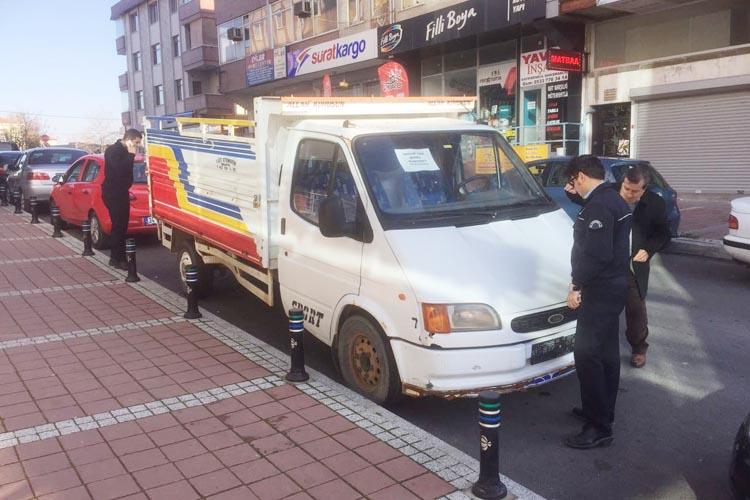 Kavacık'ta plakasız araca polis müdahalesi...