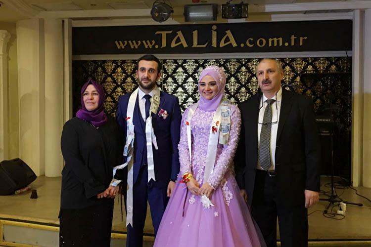 Çelik ailesinin Beykoz'da mutlu günü