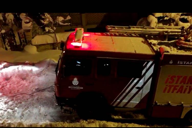 Beykoz'da itfaiye araçları da çaresiz kaldı