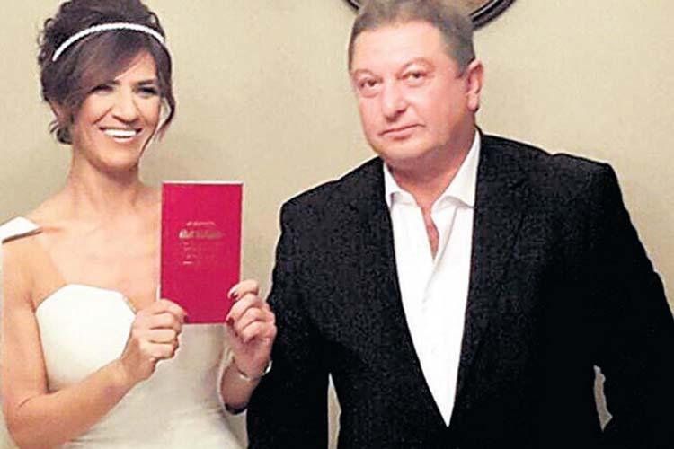 Kürt İdris'in kızı Beykoz'da boşanıyor