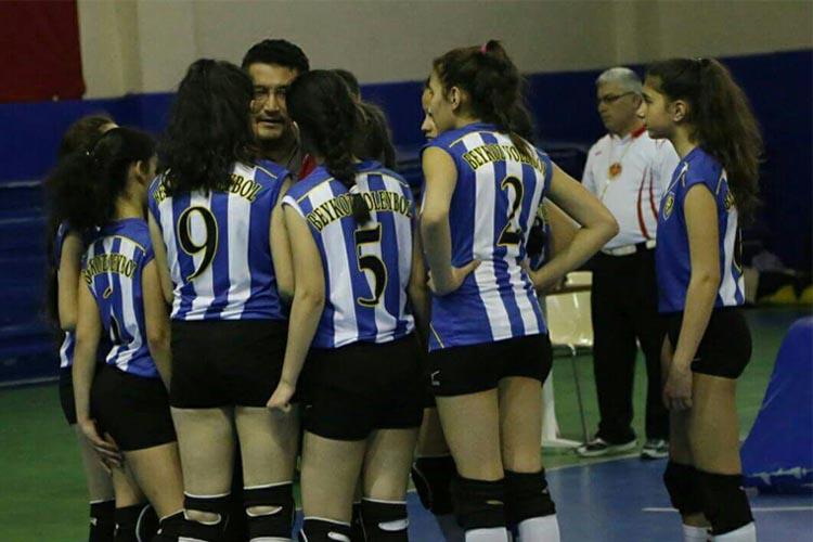 Beykoz'un kızları yarı final yolunda