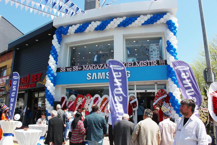 Beykoz'da bir Samsung bayisi daha açıldı