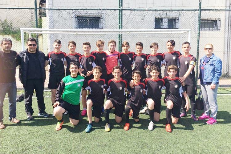 Beykoz Atatürk Ortaokulu sporda altın çağını yaşıyor