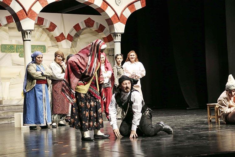 Onçeşmeler Beykoz'da sahneye çıktı