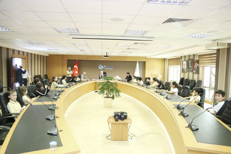 Beykoz'un Başkan Amcası belediyeyi anlattı