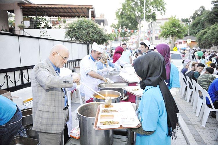 Beykoz'da mahalleli iftar sofralarına buluşacak