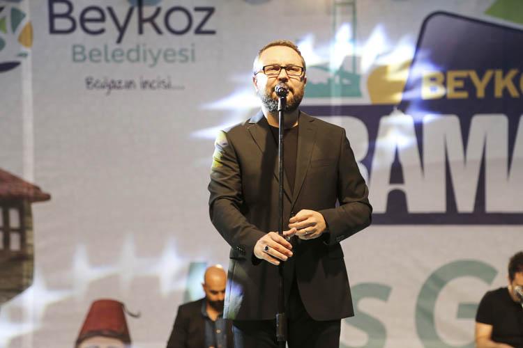 Beykozlular Mustafa Cihat, konserinde bir araya geldi