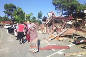 FETÖ darbe girişimi Beykoz'da yıkımı erteletti