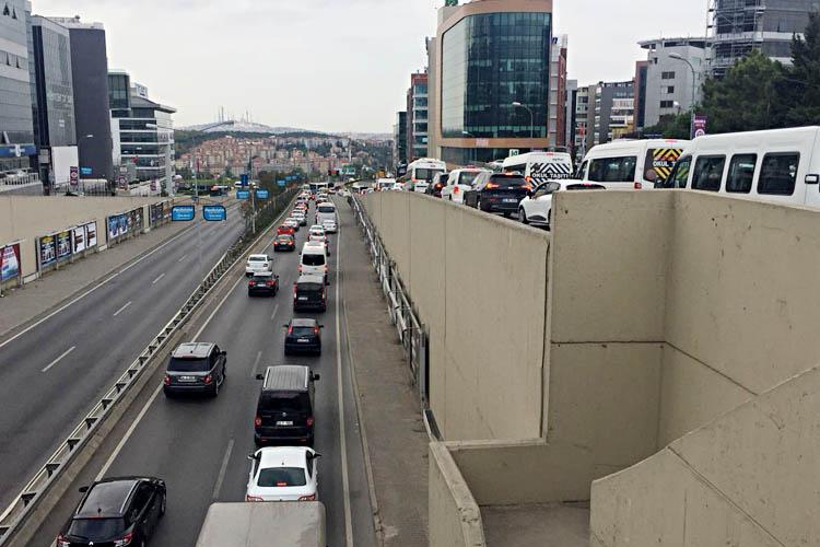 Beykoz Halkı isyan etti... Trafik çilesi başladı