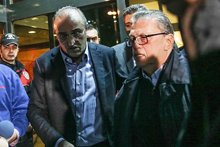 Mesut Yılmaz, oğlunun Beykoz'daki evine geldi