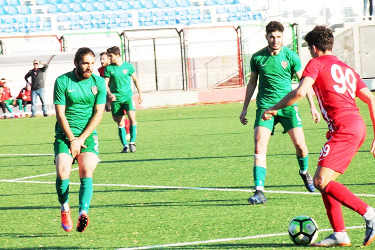Paşabahçe'nin liste başı futbolcusu Abdullah Turan