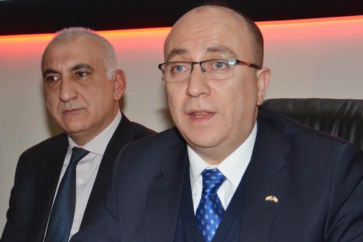 MHP'li Ulvi Yönter, Beykoz'da dert dinledi