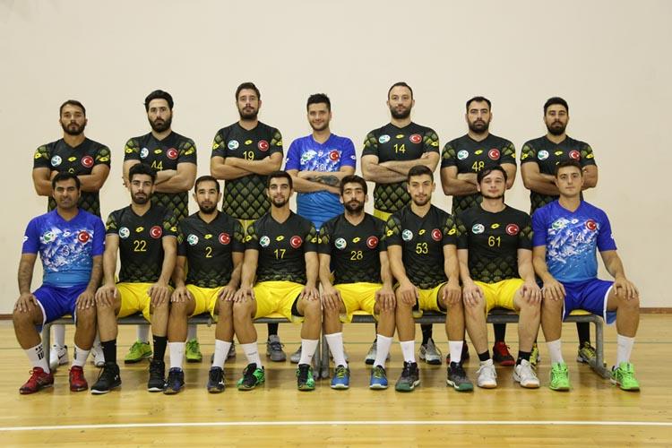 Beykoz Belediyespor hentbol takımı çeyrek finalde