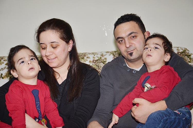 İkiz bebekler Beykoz'dan destek bekliyor