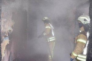 Uyuşturucu bağımlıları Beykoz'da okul yaktı