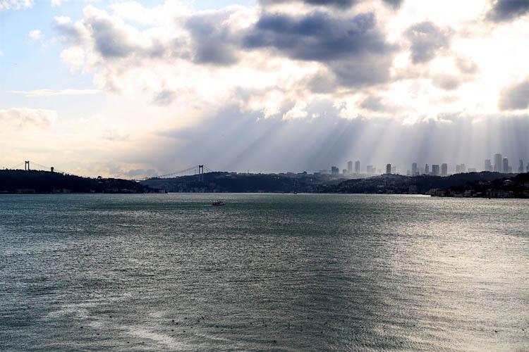 Yağmur ve lodos Beykoz'da tekne batırdı