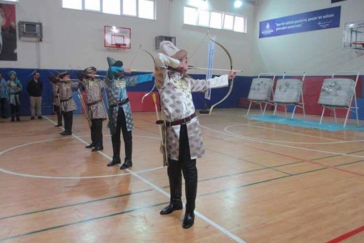 Beykoz'da okçuluk kursu başladı… Ücretsiz