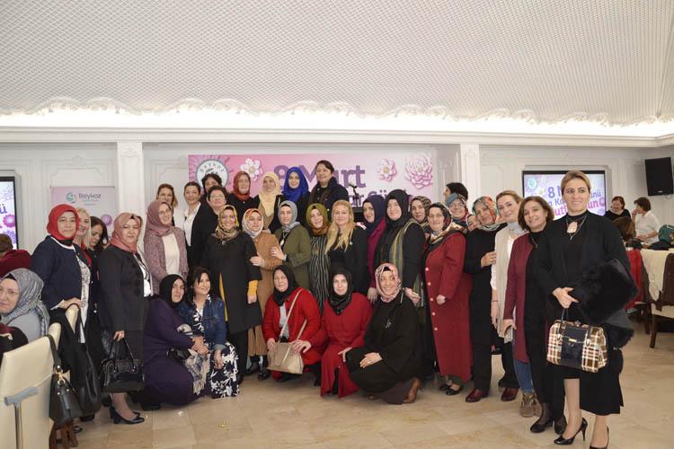 İclal Aydın, Beykoz'da kadınlarla buluştu