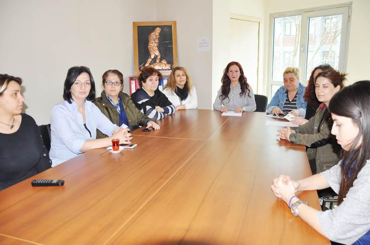 CHP Beykoz Kadın Kolları, istifa istedi