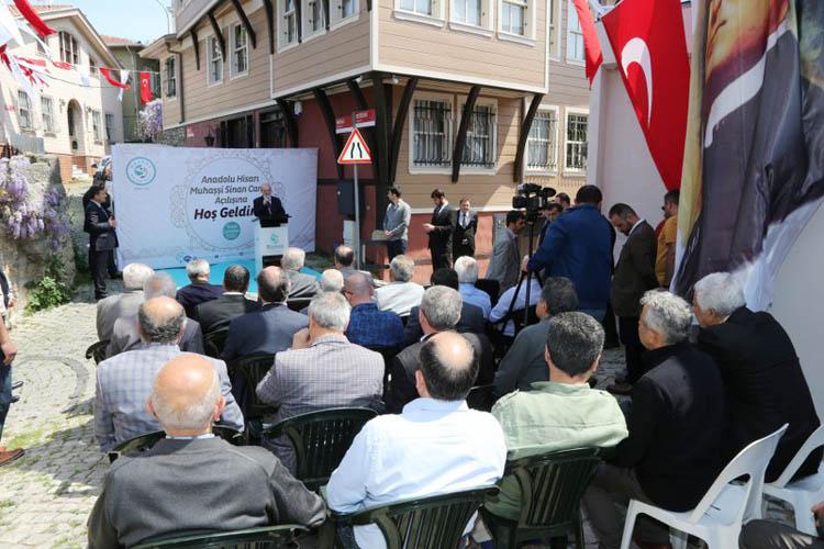 444 Yıllık Muhaşşi Sinan Camii ibadete açıldı