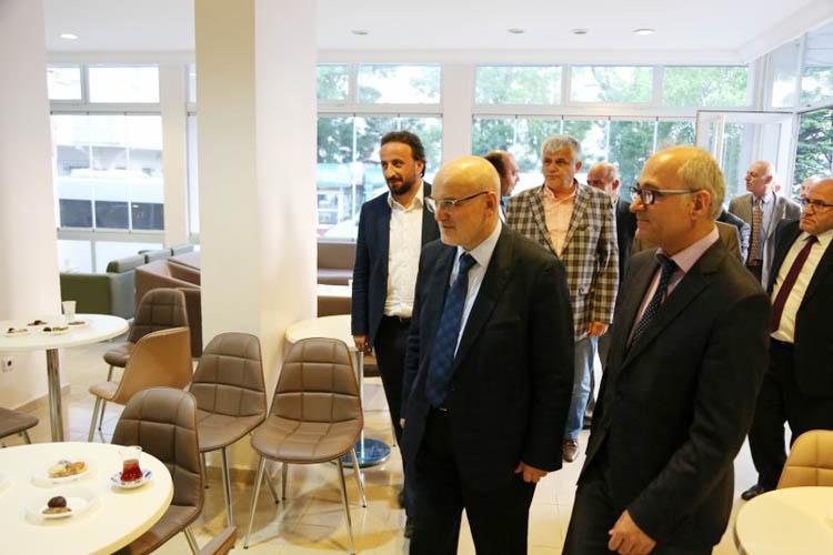 Beykoz'da yerel yönetim sertifikaları verildi