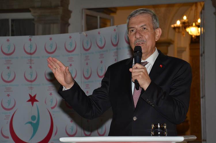 Bakan Demircan, Beykoz'da sağlıkçılarla buluştu